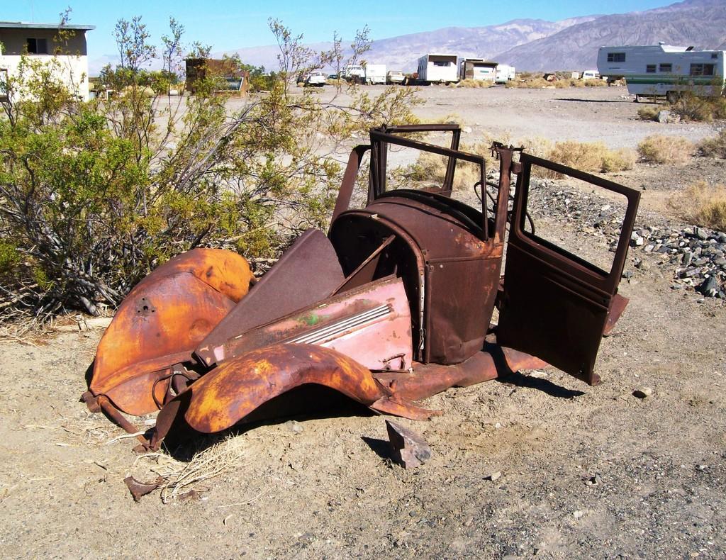 desert car_mlhradio